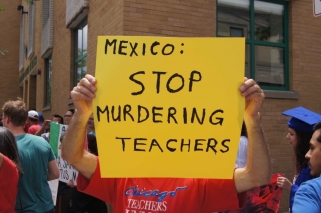 mexican-consulate-protest-2_850_565